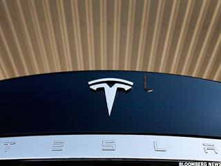 Tesla vs. BMW i3 Electric: First Comparison Test