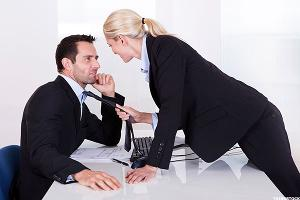 7 Career-Ruining Behaviors at the End of an Office Romance