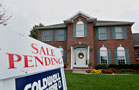 Pending Home Sales Edge Higher, Shy of Expectations