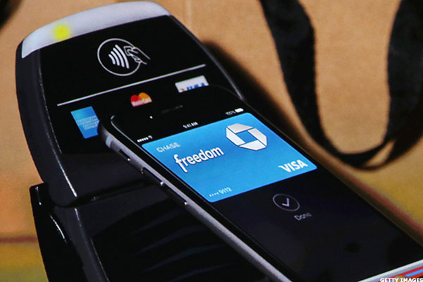 How to use apple pay on machine
