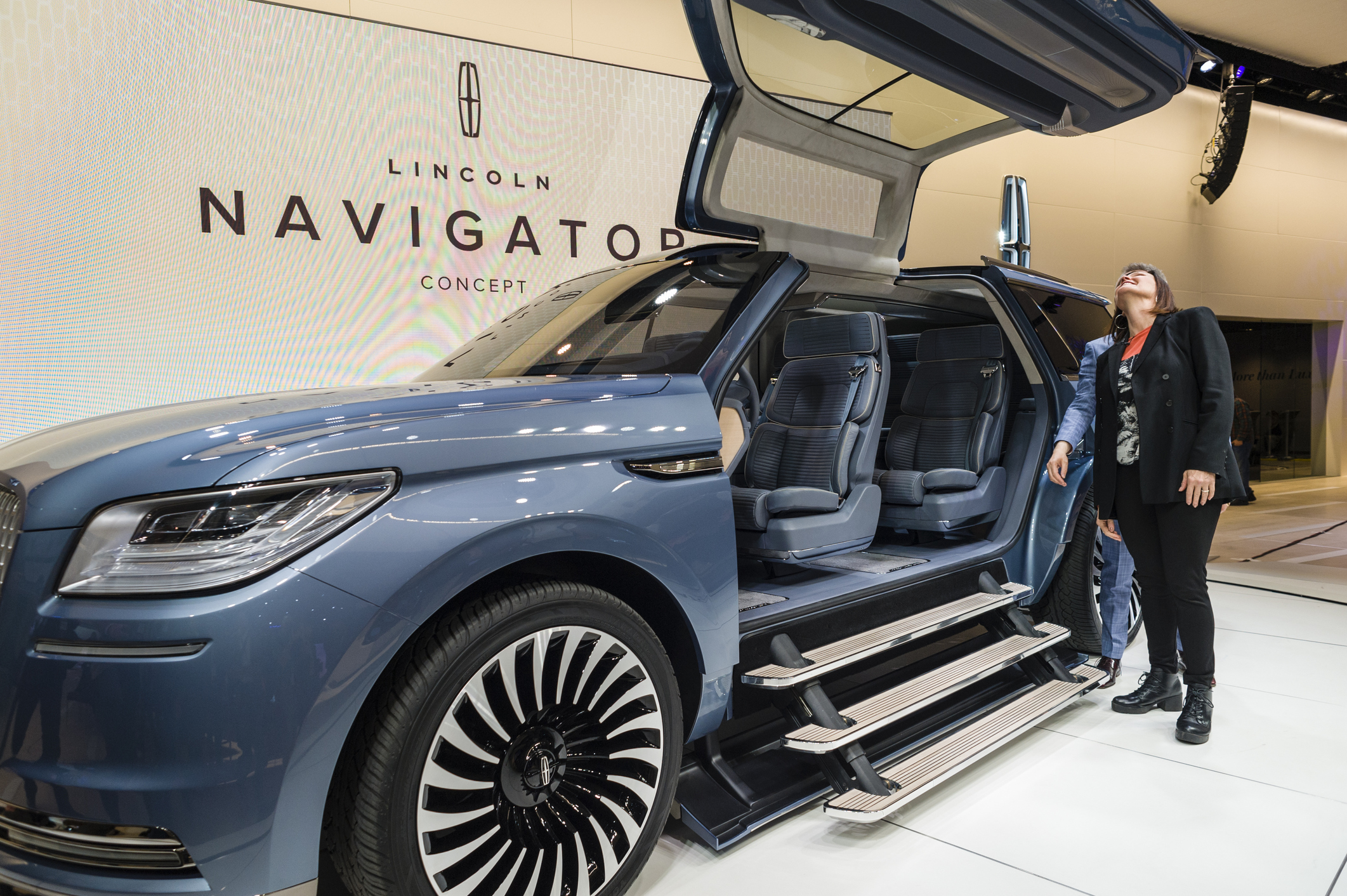 Lincoln's $95,000 Special Edition 2018 Navigator Is Luxury on Steroids - TheStreet