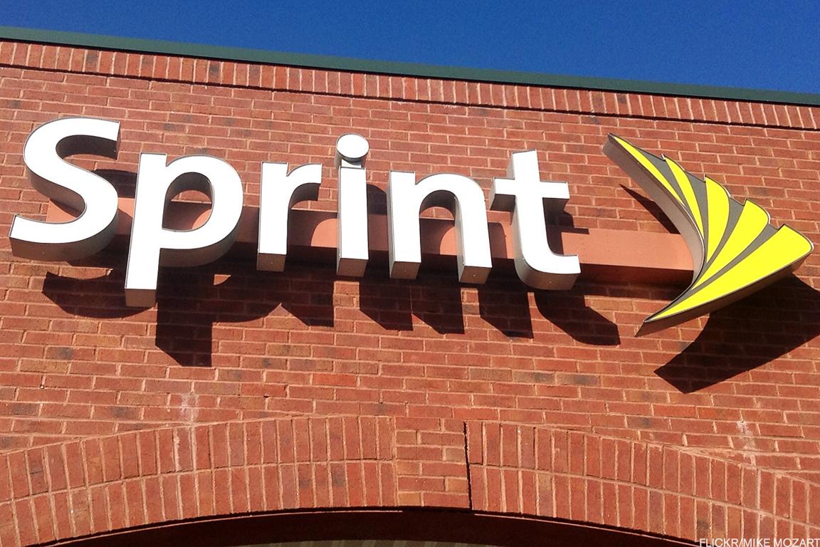 Sprint Plunges In Premarket After T Mobile Merger Talks Collapse