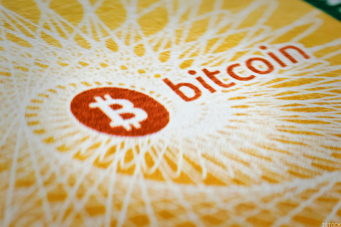 Want to Bet Against Bitcoin Without the Risk? Here's What to Know