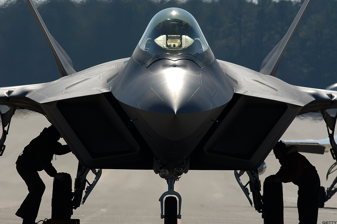 Raytheon Vs Lockheed Martin Which Is The Best Defense Stock To Own