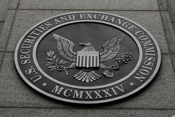 President-elect Donald Trump picks Wall Street lawyer Jay Clayton for SEC chairman