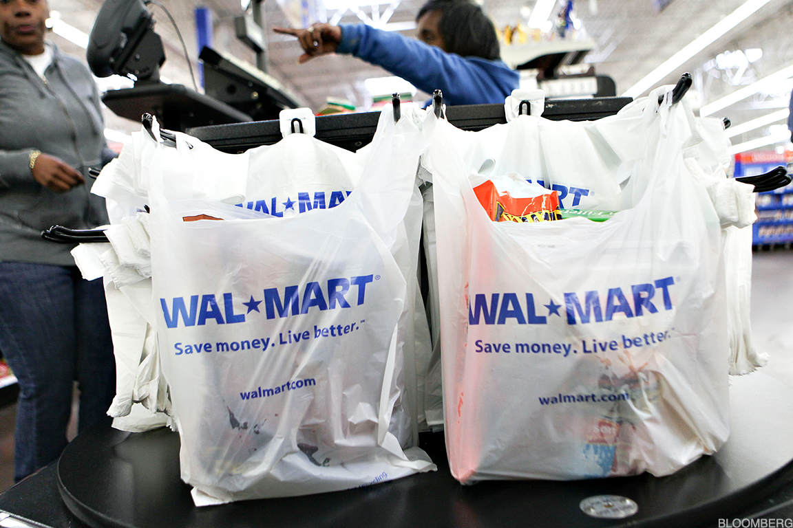 What to Expect When Walmart and CVS Report Earnings This