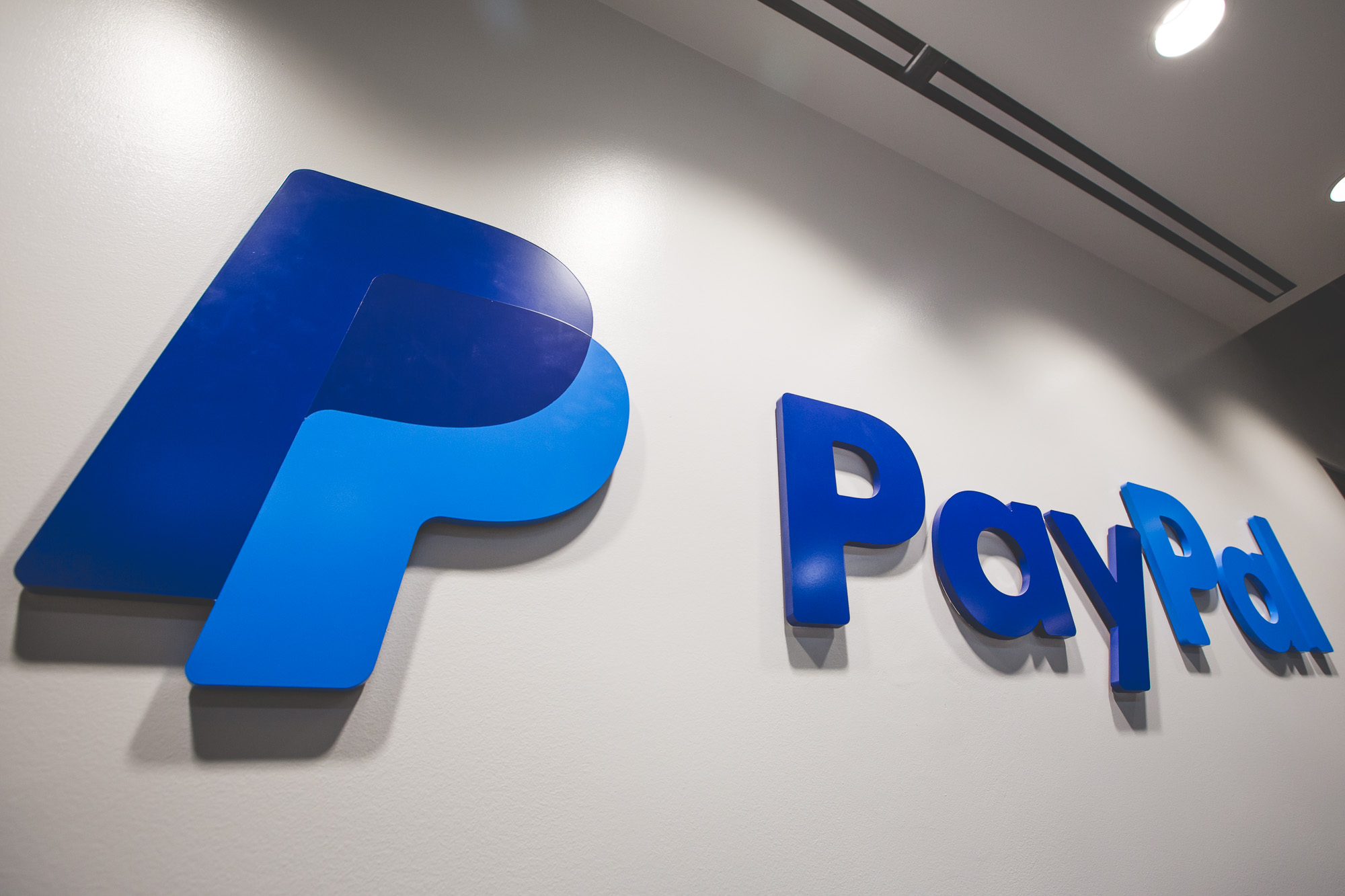 PayPal (PYPL) Climbs After-Hours as Earnings Beat