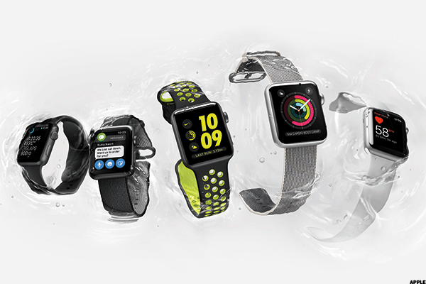 That cellular Apple Watch? Guess who says it's coming now