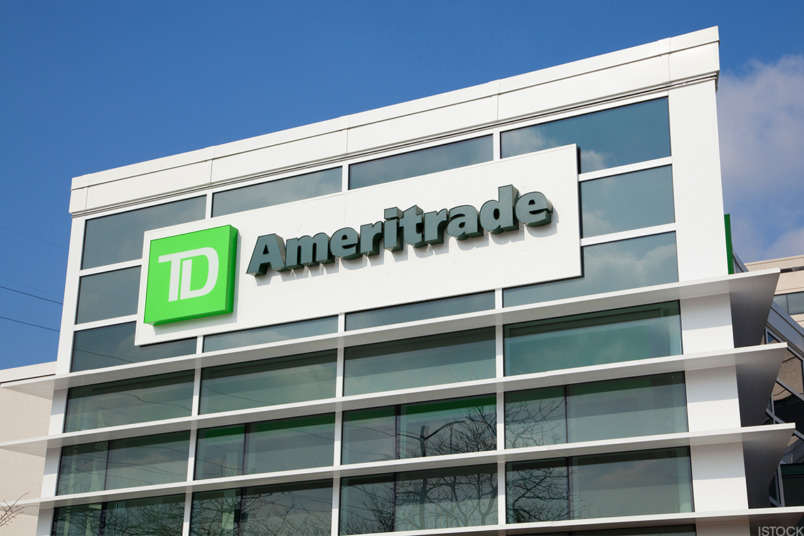 TD Ameritrade Cuts Fees on ETF Trades in Further Blow to Mutual