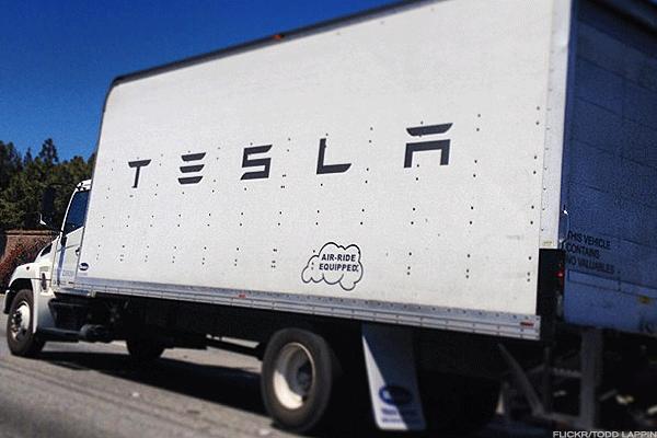 Tesla S Tsla Autonomous Tractor Trailer Will Be The