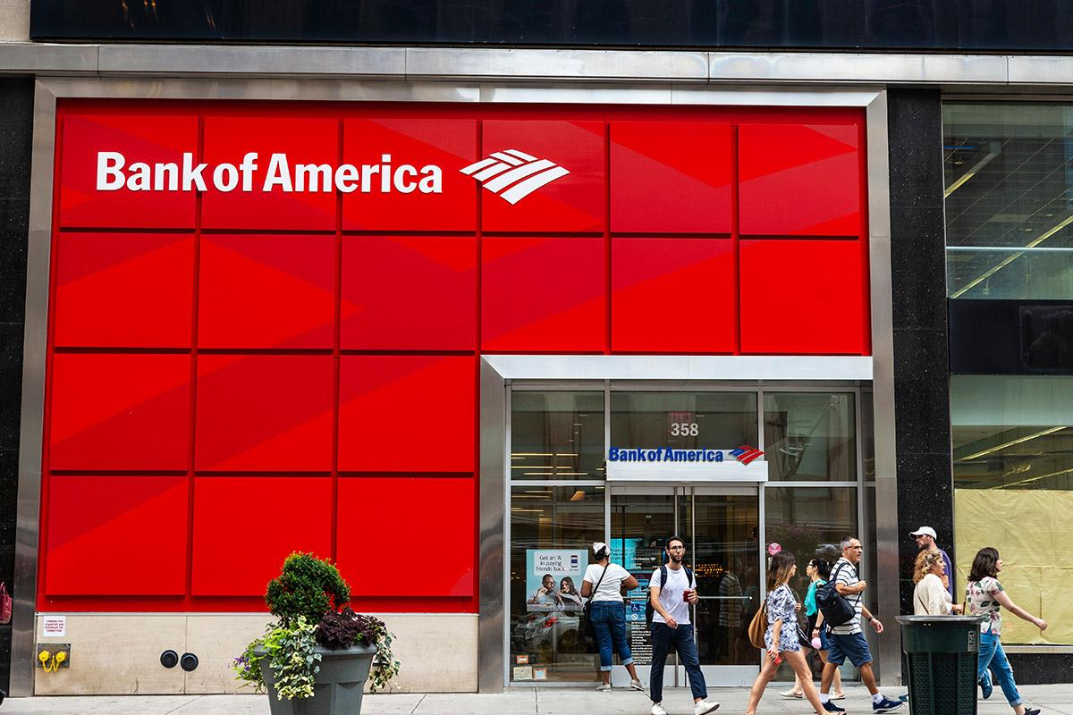 Is the Market Wrong on Bank of America? Here's What the Charts Say  image