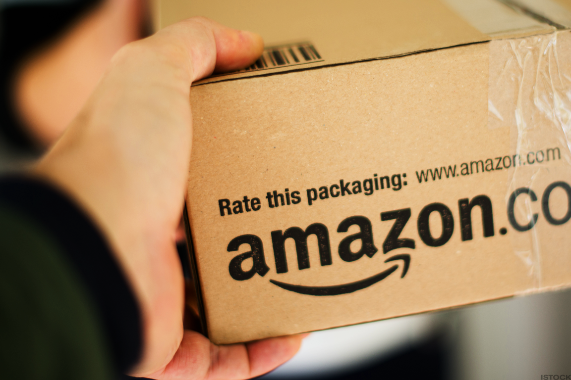 Here's Some New Reasons Why Amazon Should Scare Both Walmart and FedEx