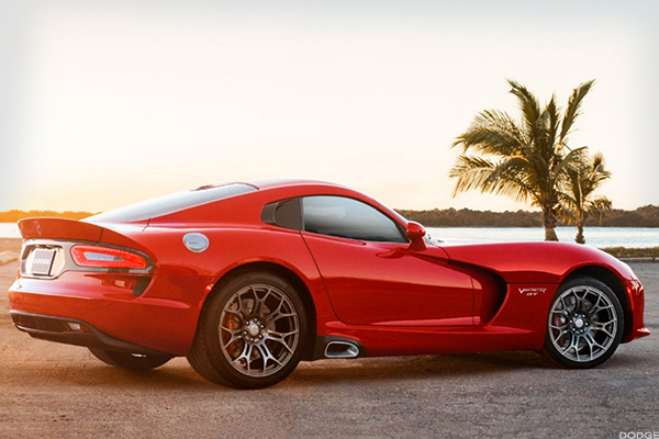 A 2017 Dodge Viper Just Set A Nurburgring Speed Record But
