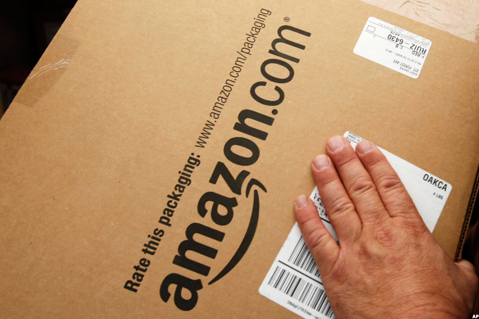 Heres How Amazon Could Offer Its Own Delivery Service And Crush Ups
