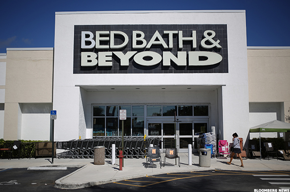 Bed Bath Amp Beyond Bbby Fights Amazon Amzn With