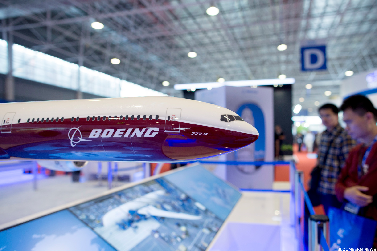 Boeing going to mars cramers top takeaways thestreet buycottarizona Image collections