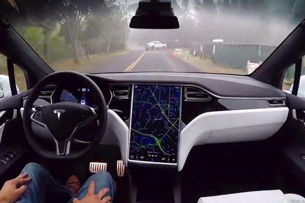 Tesla Vehicles are Recording Short Videos to Improve Self-Driving Tech