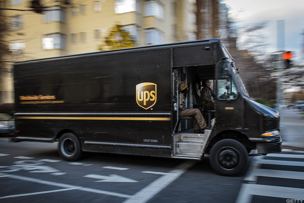 FedEx y UPS caen como dice Morgan Stanley que enfrentan riesgos por Amazon Air