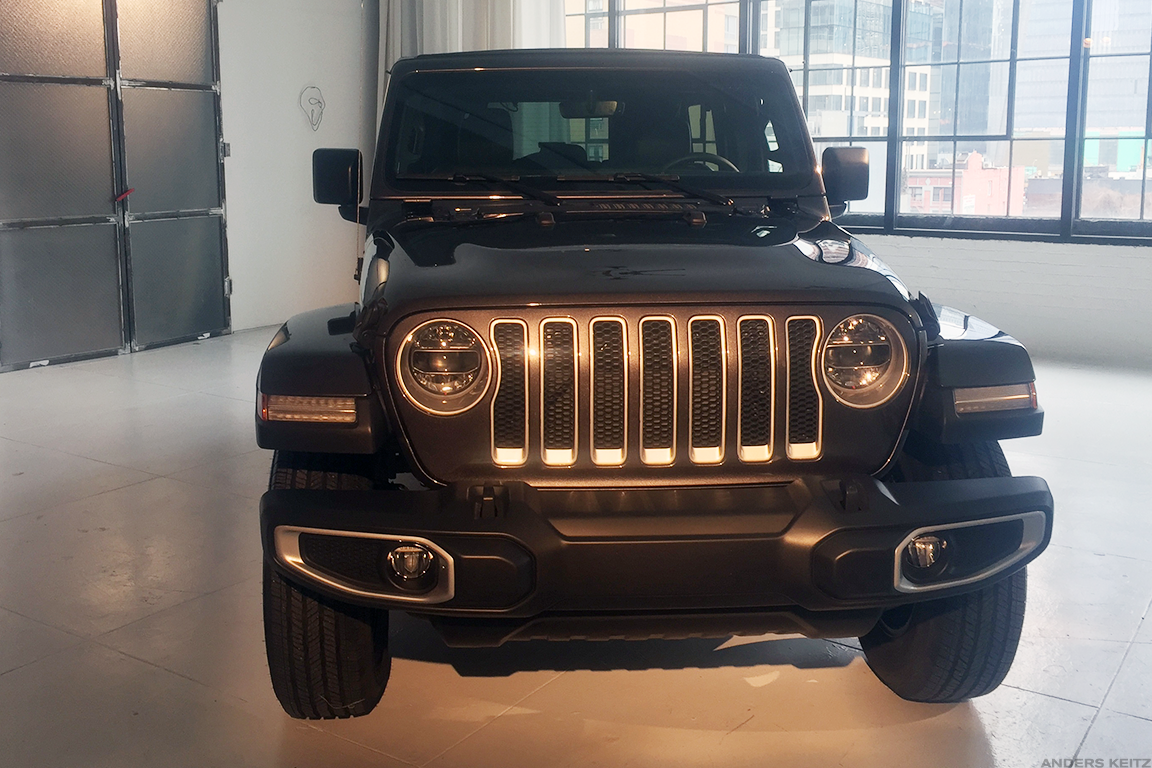 Jeep Wrangler Checking Out Motor Trend S Suv Of The Year