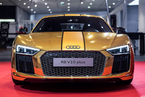Check Out Audi's Mind Blowing R8 Sports Car With Laser