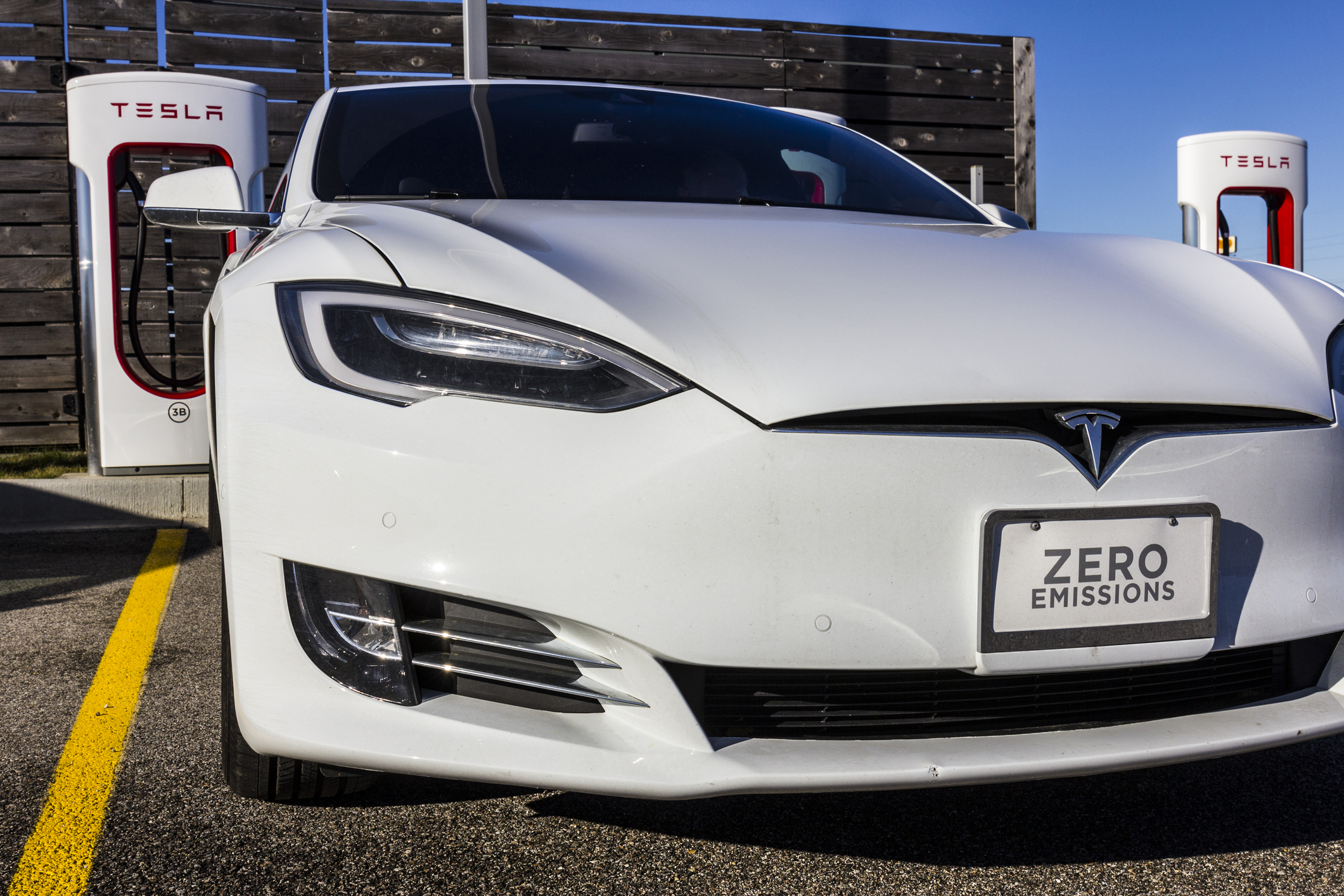 Will U.S. Automakers Successfully Adapt to a World That Demands Electric Cars?