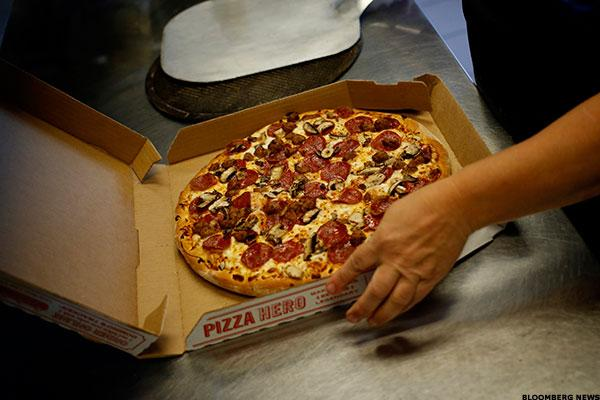 Mobile Ends Free Pizza Promotion as Domino's Runs Out of Dough