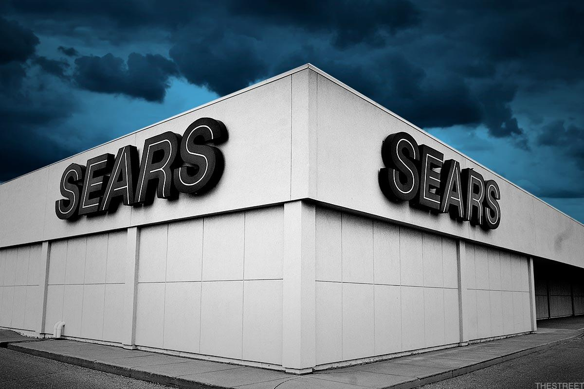 Sears Avoids Liquidation As Court Gives Lampert A Day To Revise 4 4