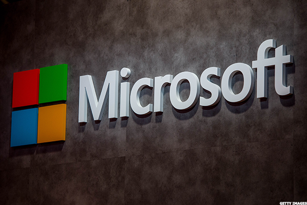 Several Microsoft Services - Including Xbox Live, Outlook - Suffering Outages