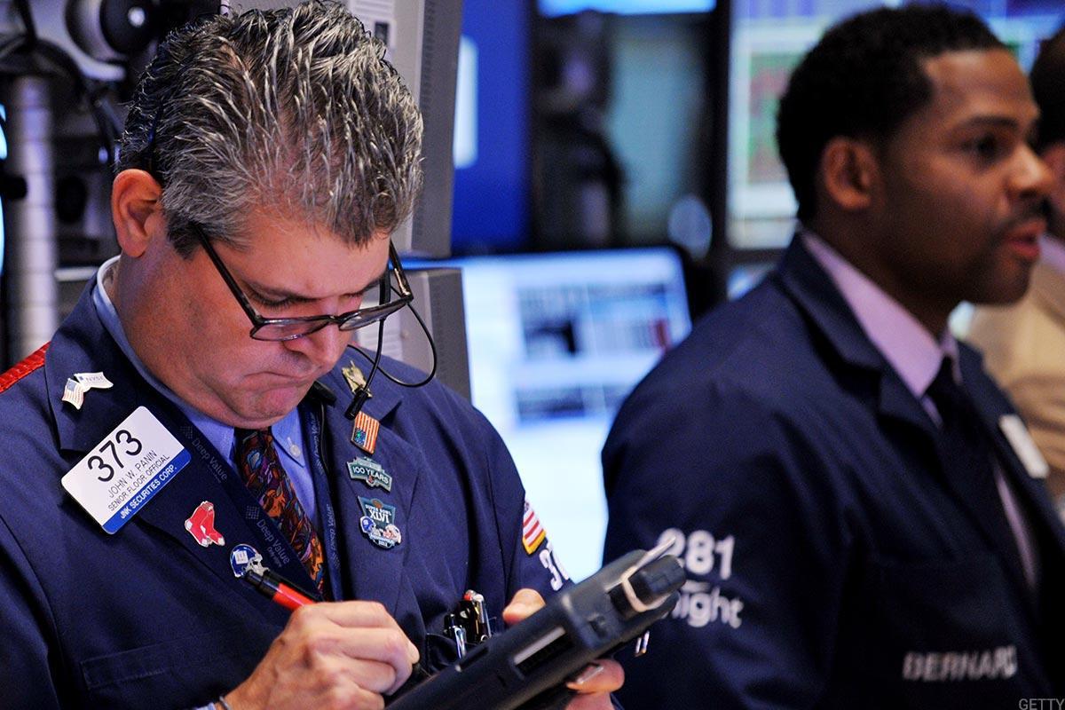 Dow Gains Triple Digits, Nasdaq Surges After Netflix Price