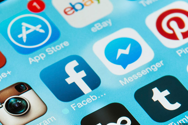 Facebook Expanding Irish Headcount Despite EU Tax Crackdown -- Tech Roundup