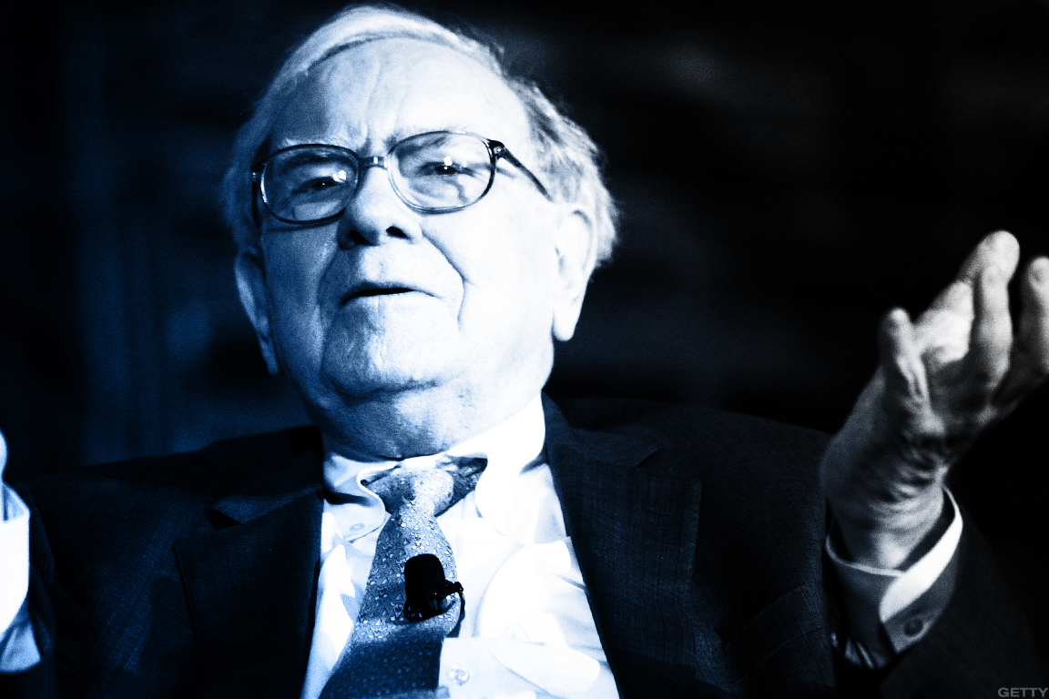 Warren Buffett Taught Me These 5 Amazing Investing Lessons to Use in 2018