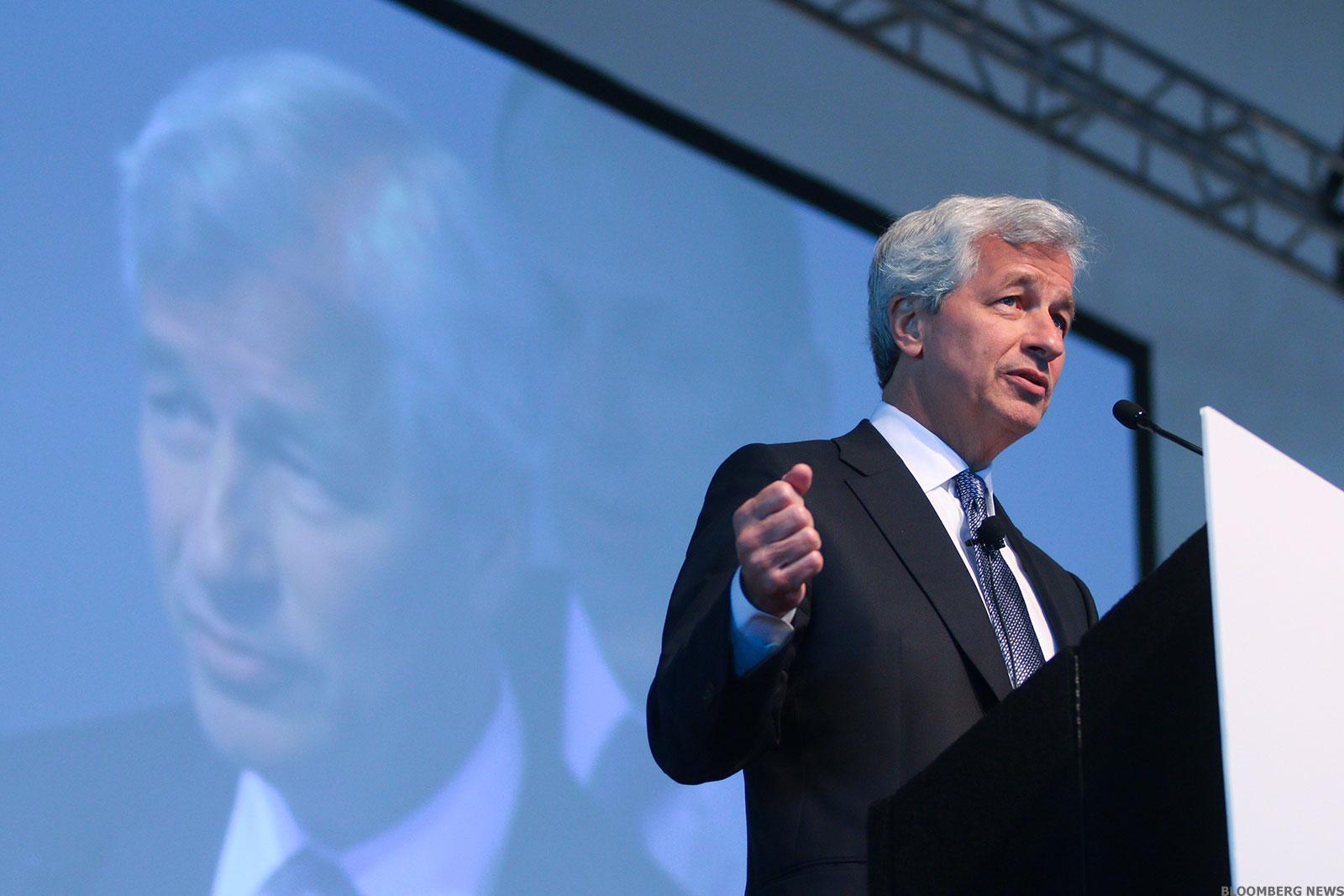 JPMorgan, Wells Fargo Get Fat Profits by Skimping on Savers