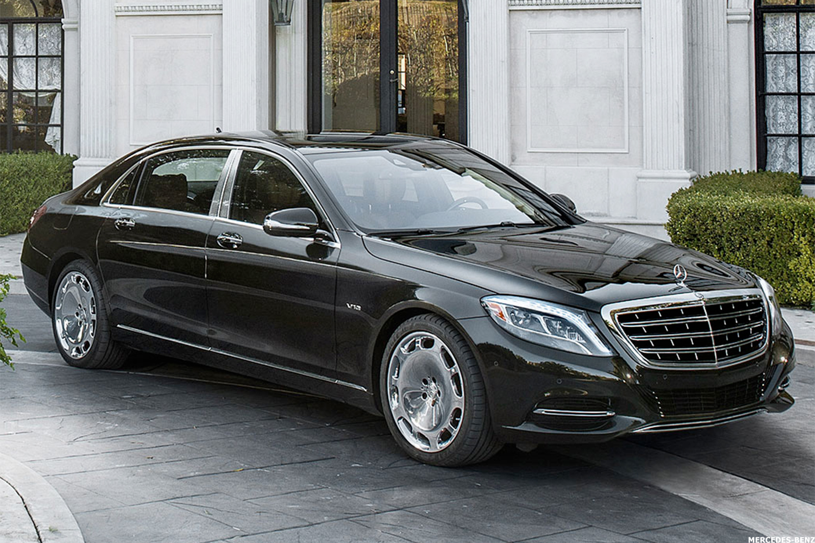 Should Tesla Worry About The Mercedes Benz Eq S Now