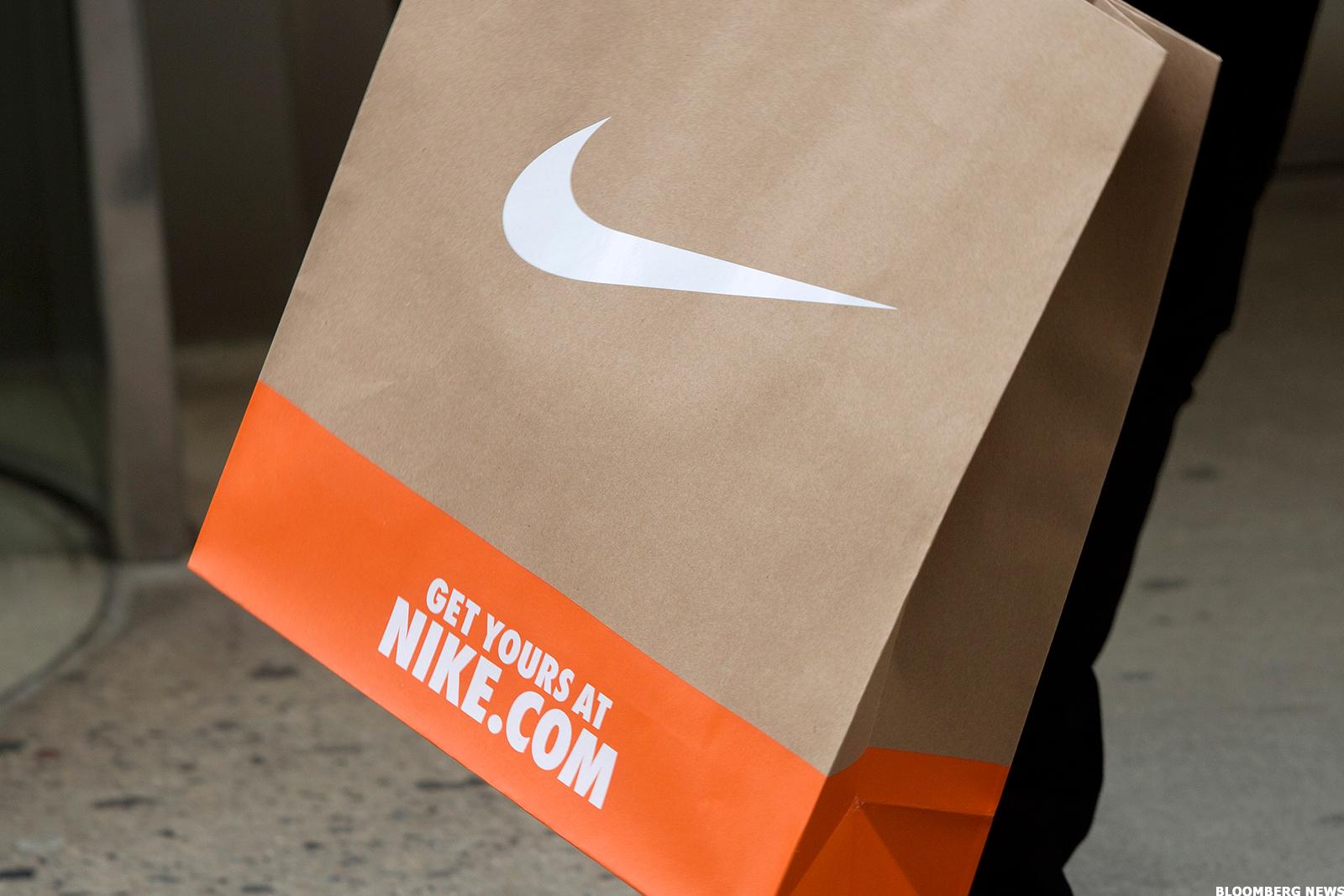 Nike (NKE) Stock Down, Releasing Self-Lacing Shoes in November ...