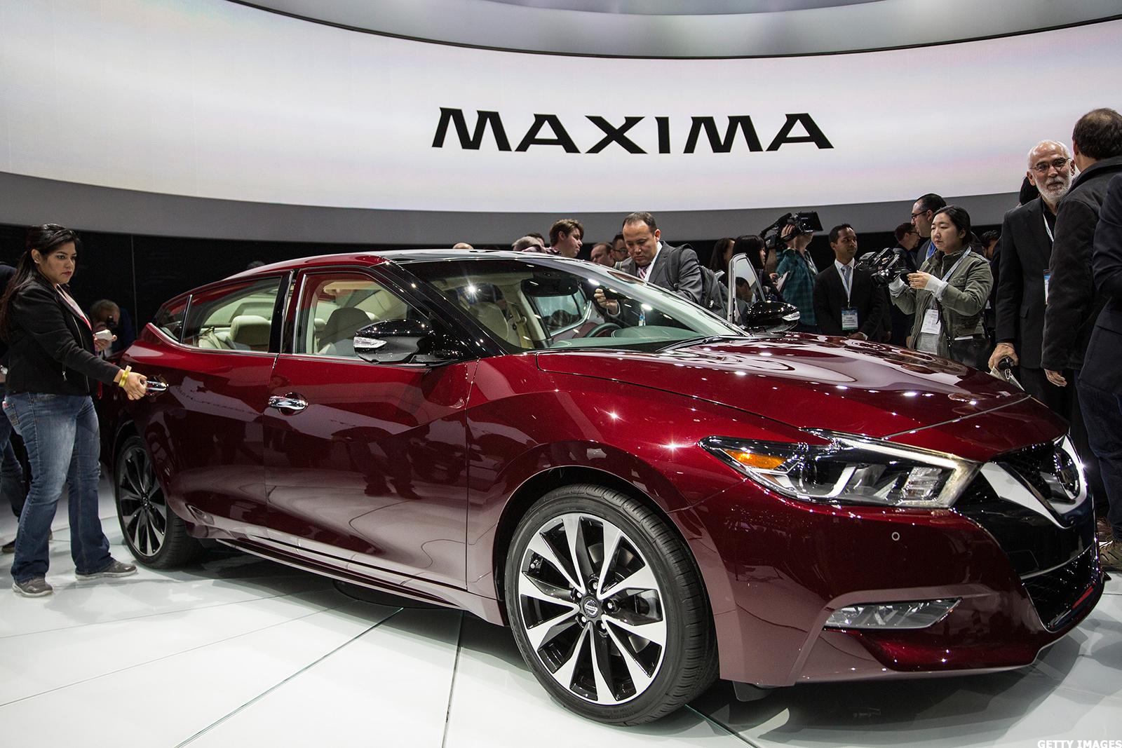 Nissan Unveils New Maxima Design  Outpaces Honda In U S