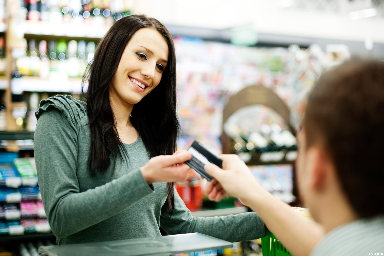 how to get a low fee prepaid card that actually helps you - How To Get A Prepaid Card