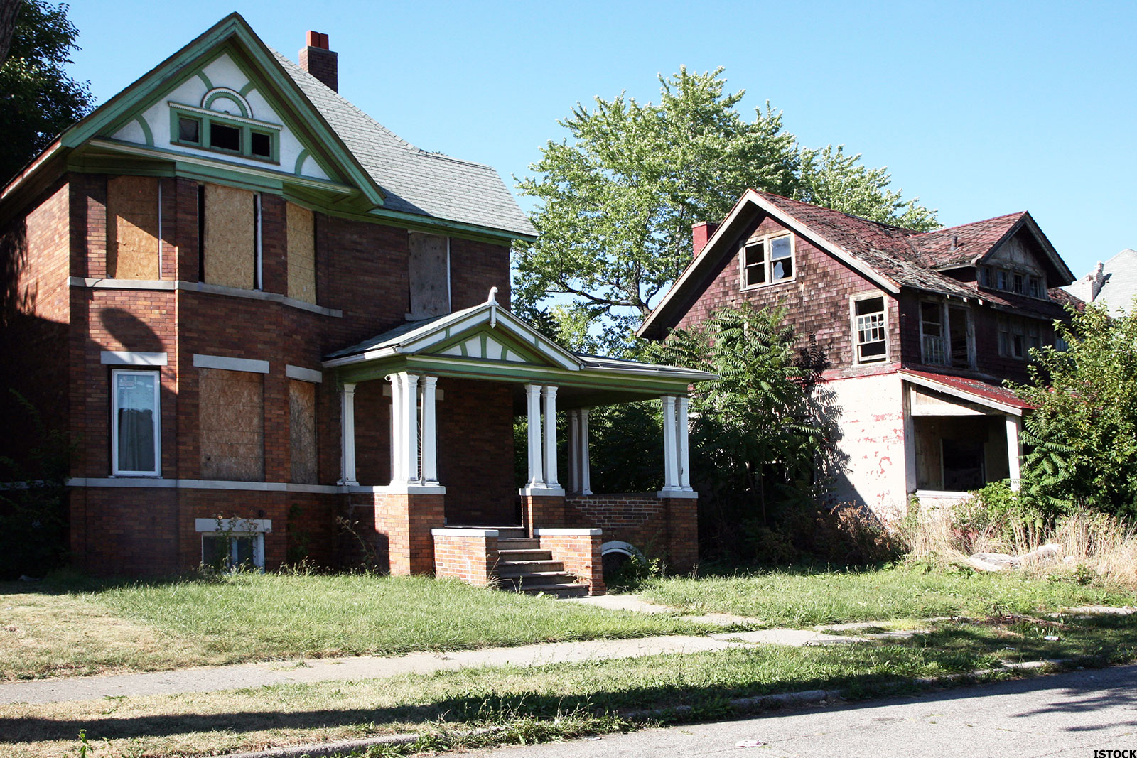 10 Cities Where Foreclosures Still Haunt The Housing Market