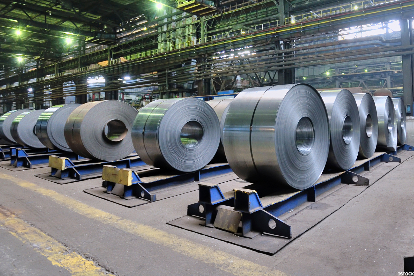 financial analysis of steel industry arcelormittal and us steel essay