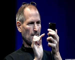 10 Amazing Quotes From Steve Jobs on How to Succeed in Life