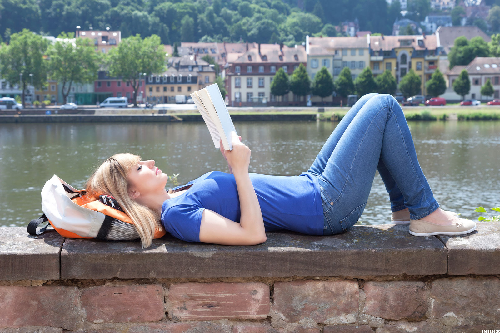 should you study abroad this year  your resume says yes