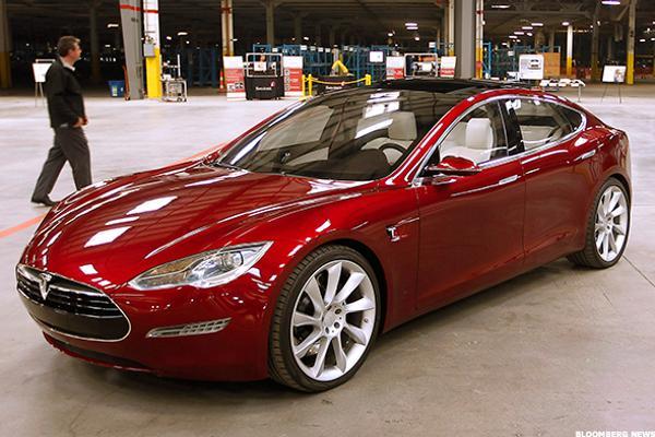 Tesla Tsla Stock Takes A Hit Pacific Crest Avoid Thestreet