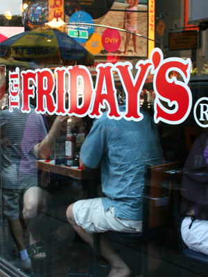 <b>6th Best Restaurant Job: T.G.I. Friday's</b>