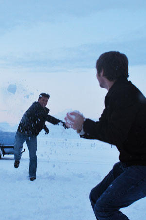 1. The guy who brought a gun to a snowball fight…