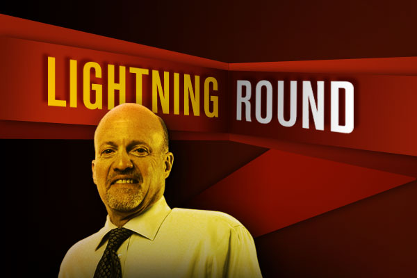 Mad Money' Lightning Round: Buy, Buy, Buy International Paper