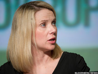 Marissa Mayer 'Flickrs' Apple, Apple Fleeces Wal-Mart?