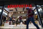 Teens Ignore Aeropostale (ARO) Adding to Xmas' Retail Bloodbath