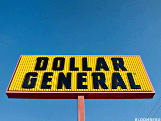 Dollar General Surges, Kroger Falls on Earnings Reports