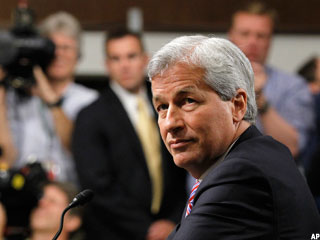 JPMorgan's Dimon Leaves Shareholders Hanging