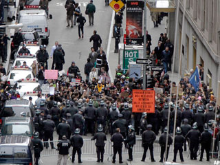 Protesters Make Bid to Occupy Wall Street