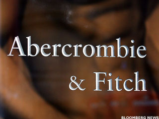 Abercrombie Forced to Apologize